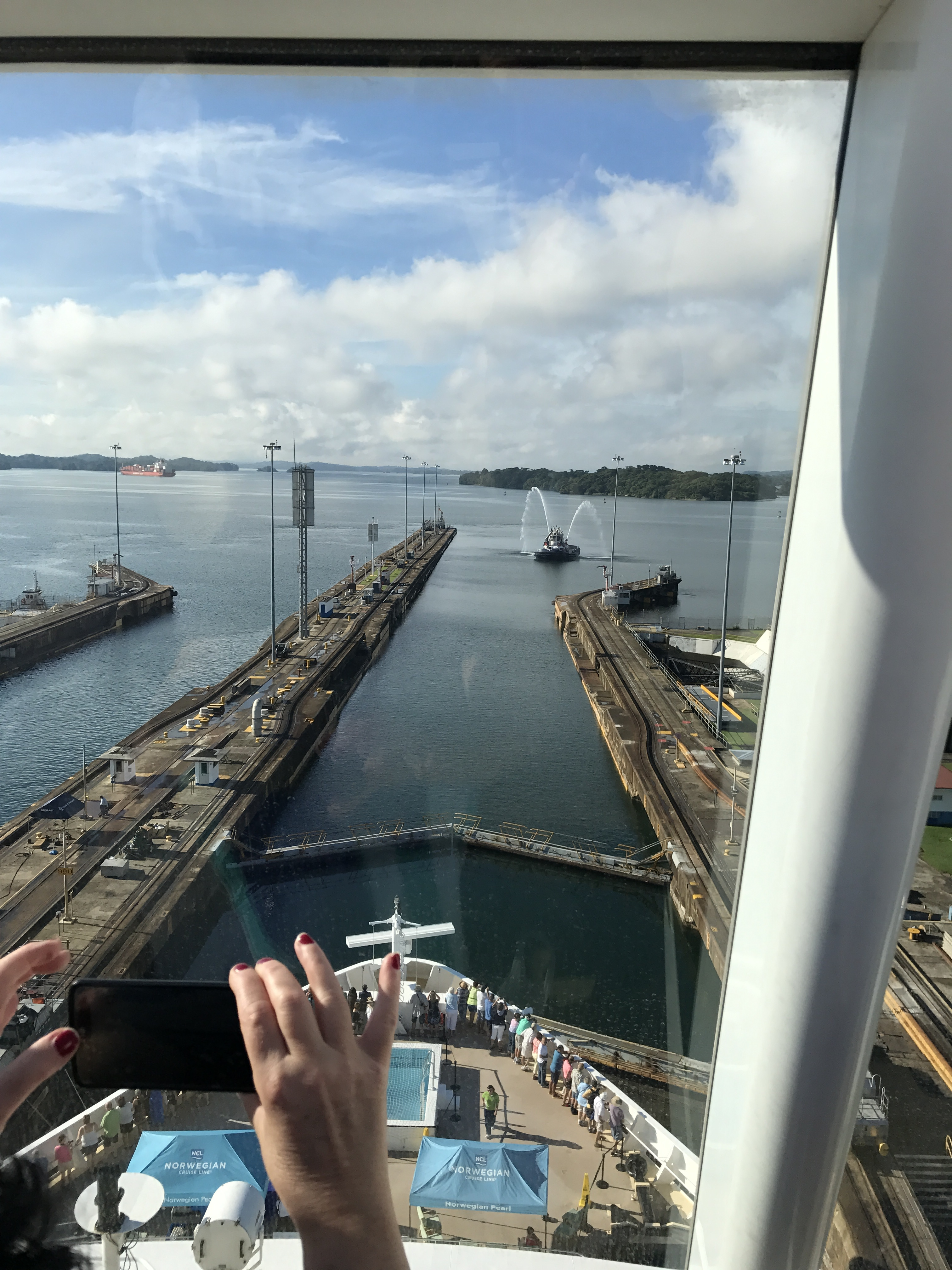 norwegian pearl panama canal cruise reviews