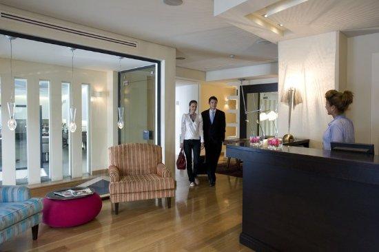 o&b athens boutique hotel reviews